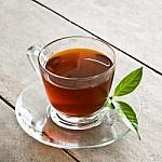 Kaip pasigaminti skanią šaltą arbatą namuose?