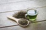 EFSA atlieka katechinų, esančių žaliojoje arbatoje, vertinimą