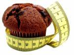 5 rytiniai įpročiai, kurie gerokai didina svorį - svarbu ne vien maistas