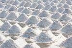 Ar žinai, kad...druska aktyvuoja skonio receptorius, bet vartoti jos turėtume mažiau