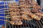 Medikai primena, kodėl per karščius maistą tvarkyti reikia itin atsakingai