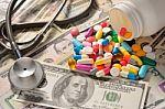 VLK: rengiantis euro įvedimui perskaičiuotos sveikatos priežiūros paslaugų kainos
