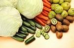 Daugumai suaugusiųjų reikia vartoti dvigubai daugiau vaisių ir daržovių