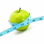 Kaip mažinti svorį: vien dieta ar su pratimais?