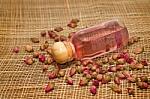 Kokiais eteriniais aliejais pakelti kritusį darbingumą?