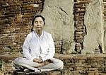 Tibeto medicinos pagrindas – išsivadavimas iš proto nuodų