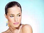 Metų laikų kaita ir odos priežiūros abėcėlė įkandama ne visiems