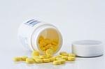 Aspirinas agurkams ir bulvės, pagardintos vitaminu C – seni receptai gali būti pavojingi
