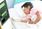 Pradėtas inovatyvus sunkia progresuojančia liga sergančių vaikų gydymas