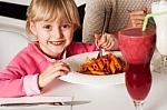 Vaikų mityba: iš prastų šaknų neišaugs geras medis