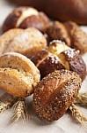 Mitybos specialistė neigia mitą, neva mielės – kenksmingas duonos ingredientas